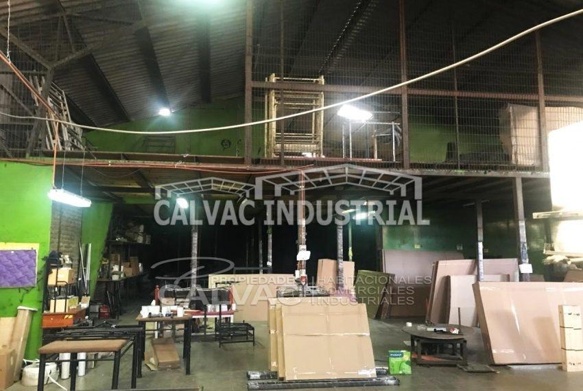 Se-vende-propiedad-industrial-con-Galpon-en-Cerro-Navia-3