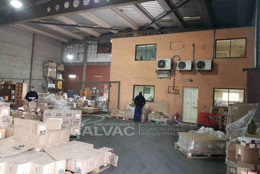Arriendo-propiedad-industrial-con-galpon-oficinas-San-Bernardo-6