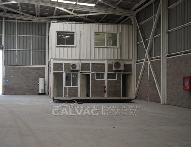arriendo-de-excelente-galpon-industrial-con-oficinas-en-quilicura-4